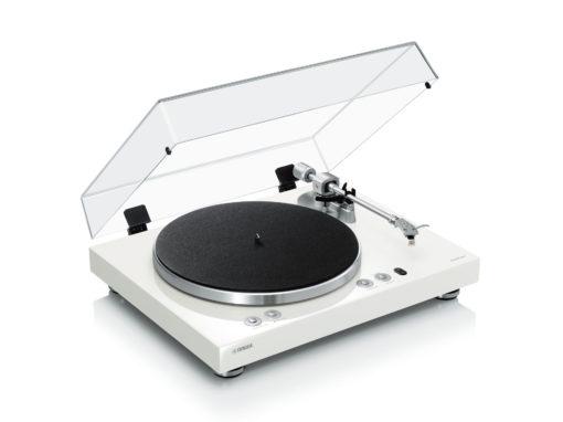 Yamaha MusicCast Vinyl 500 platespiller front åpent deksel