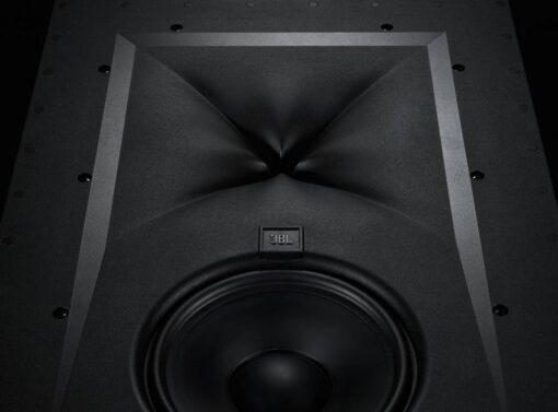 JBL Synthesis SCL-4 innfelt høyttaler front detalj